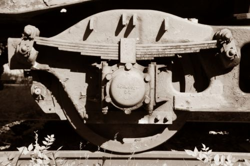 suspension railway metal spring