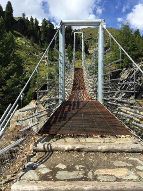 suspension bridge bridge building