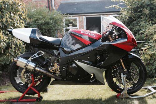 suzuki motorcycle gsx-r1000 k1