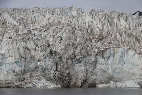 svalbard ice glacier