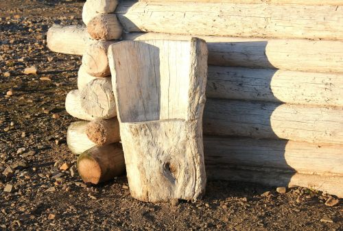 svalbard chair wood