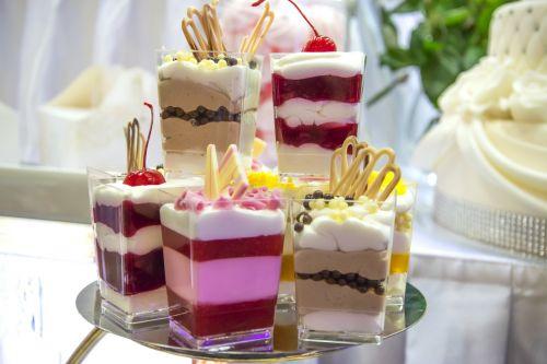 sweet dessert cakes eating