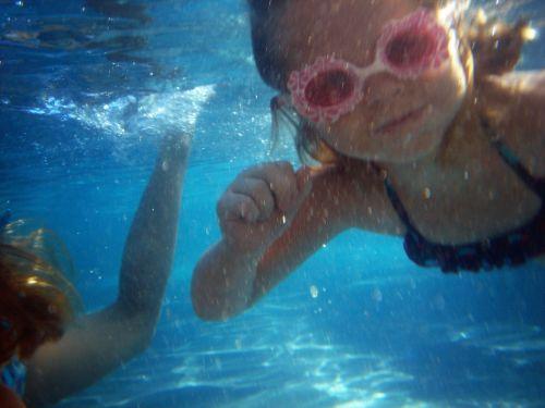 swim play pink