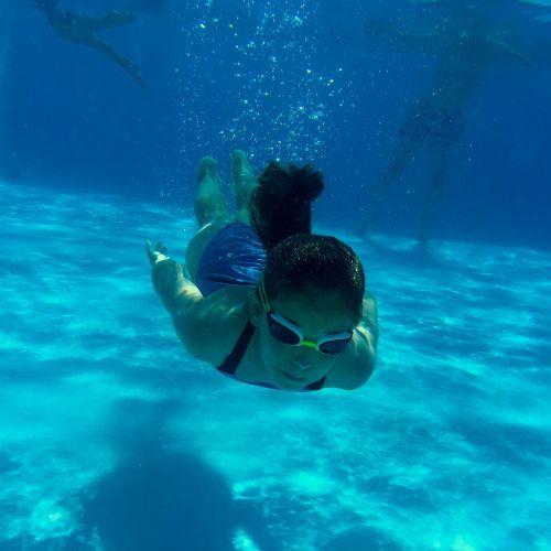 swimming pool girl sw