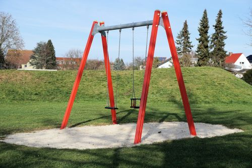 swing playground play