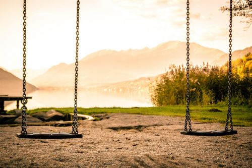 swing playground swing device