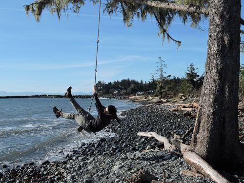 swing ocean rope