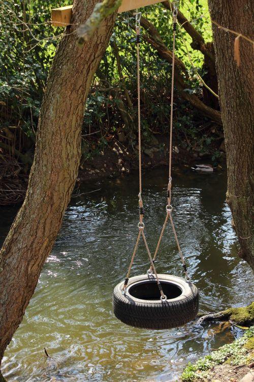 swing mature tire swing