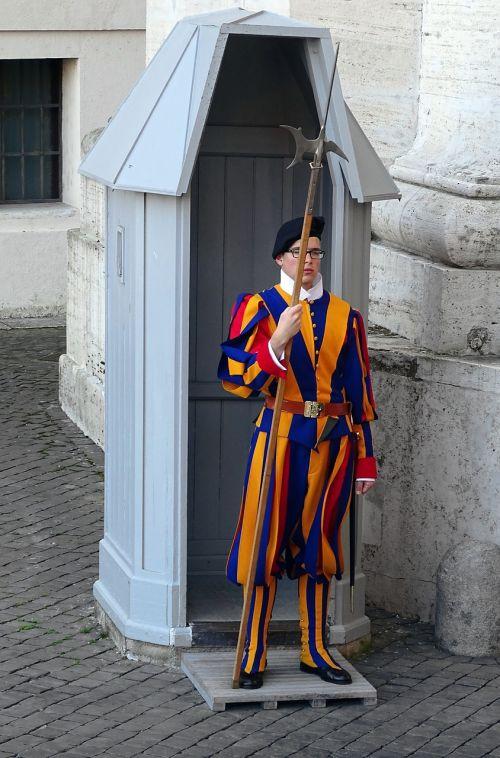 swiss guard rome italy
