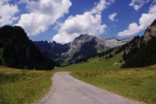 Šveicarija, swiss, kalnai, peizažas, vasara, kelias, debesys, Šveicarijos peizažas