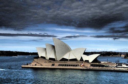 sydney  opera house  stormy