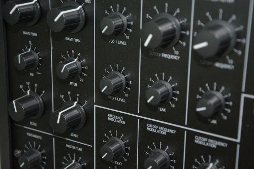 synthesizer keyboard ms-20