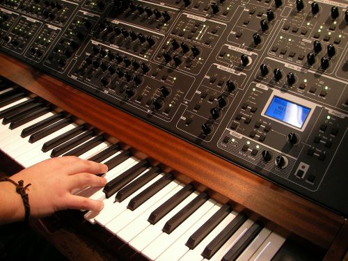 synthesizer music musical instrument