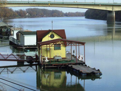 szeged hungary tisza floating house