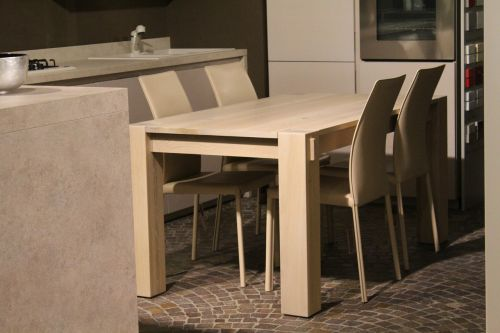 table chairs interior