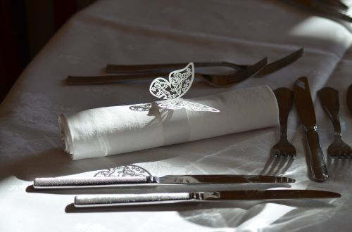 table table wedding cutlery