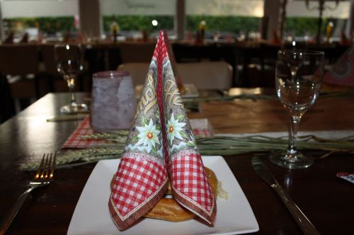 table decorations oktoberfest napkin