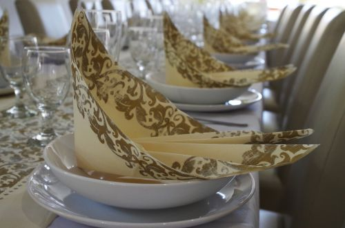 table manners serviettes place setting