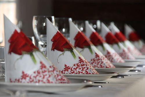 table settings restaurant the festivities