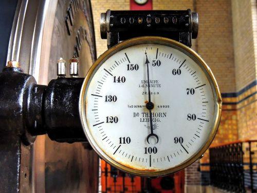 tachometer hertz speed