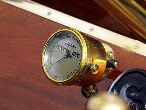 tachometer oldtimer speedometer