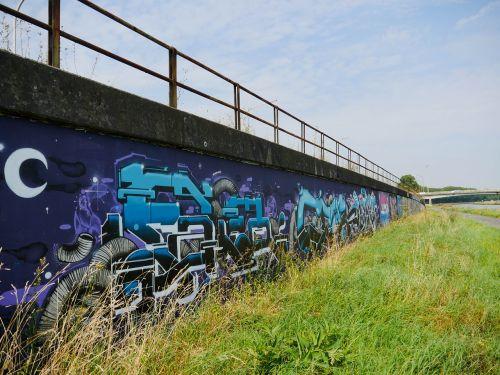 tags street art mons