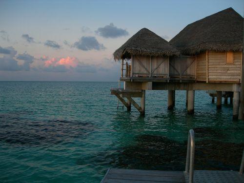 tahiti french polynesia atoll