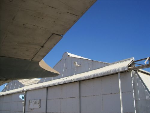 tailplane underside hanger