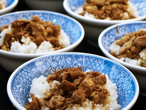 taiwanese cuisine 鲁肉饭 braised pork rice