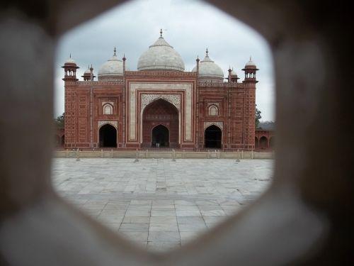 taj mahal historical place india