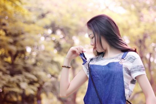 reverse sunny blend sunny colors blend woman