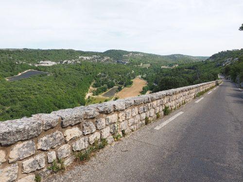 tal of sénanque road access