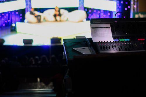 talk show tv live tv