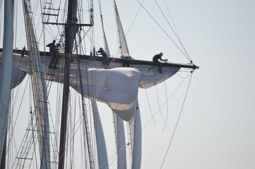 tall ship rigging sail