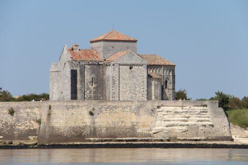 talmont france church