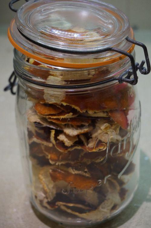 tangerine peel dried