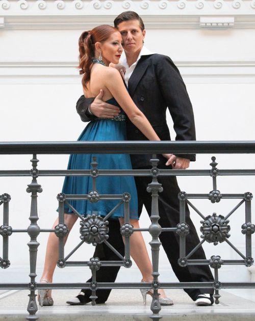 tango argentino couple