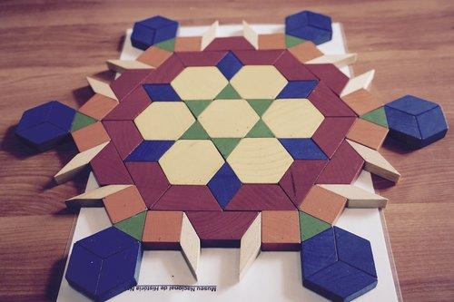 tangram  wooden  shapes