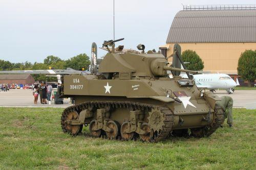 tank m3 light