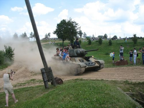 tank museum stalin's line of defense