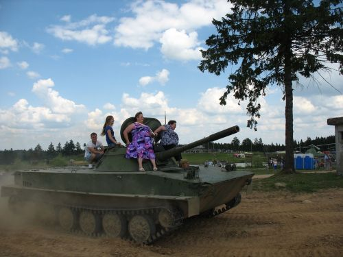tank skiing victory day
