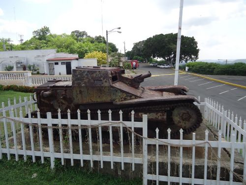 tank monument historical