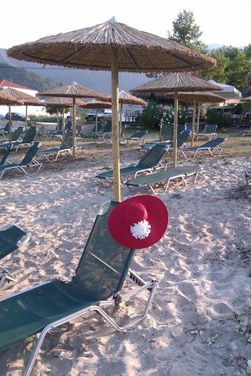 tanning beds umbrella hats