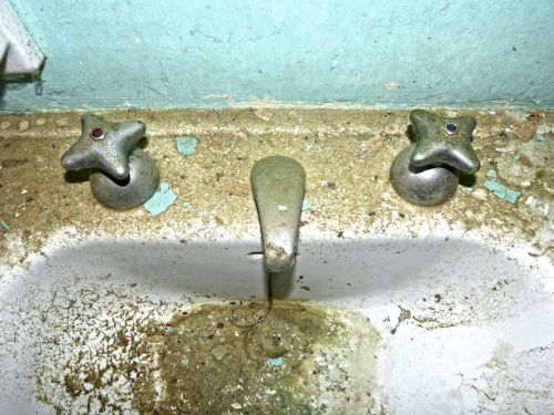 tap sink old
