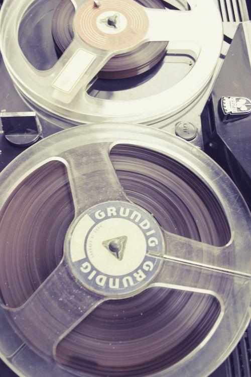tape recordings magent
