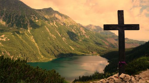 tatry black pond tracked mountains