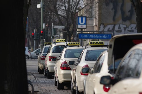 taxi  taxe  taxi stand
