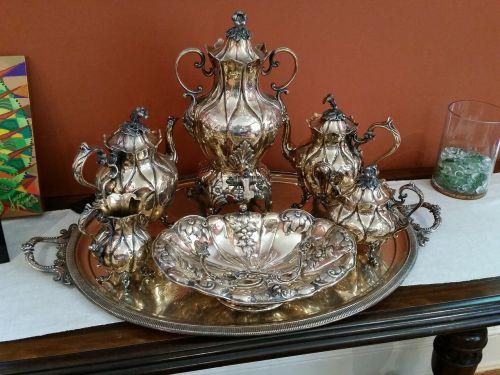 tea cups kettle