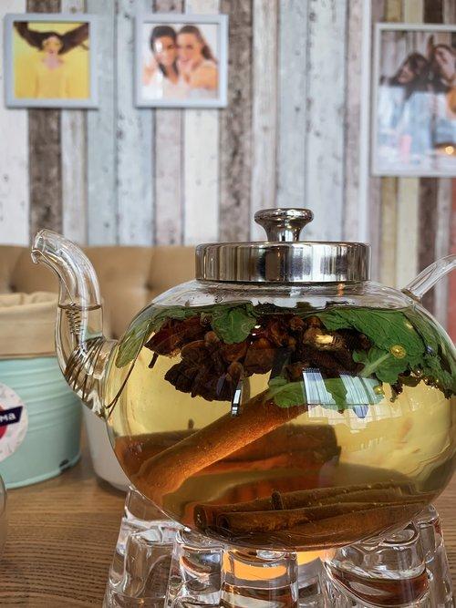 tea  maker  cafe restaurant tea party
