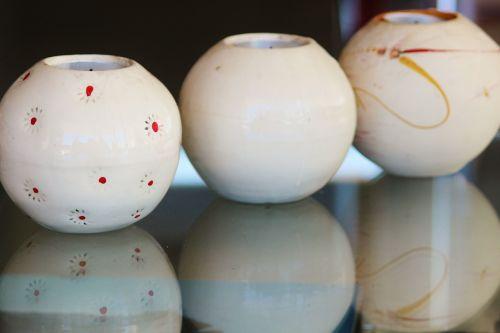 tea lights balls vases